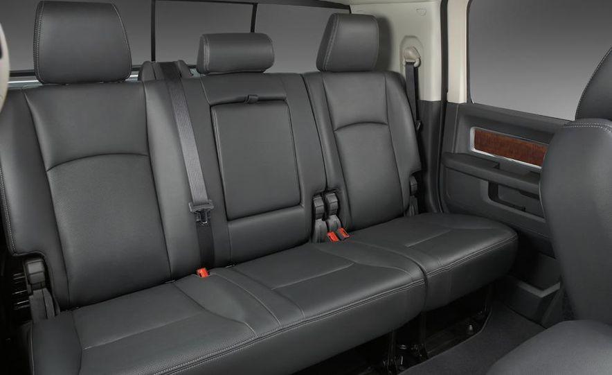2010 Dodge Journey R/T - Slide 116