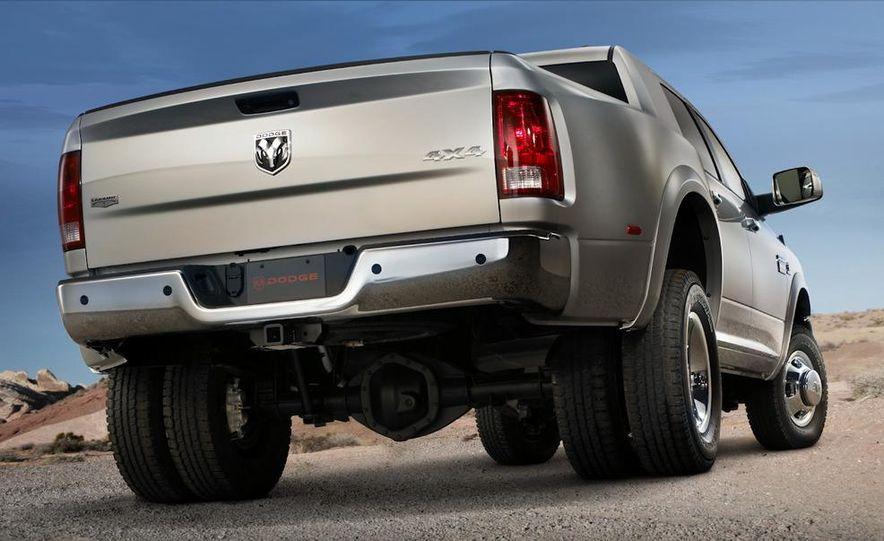 2010 Dodge Journey R/T - Slide 107