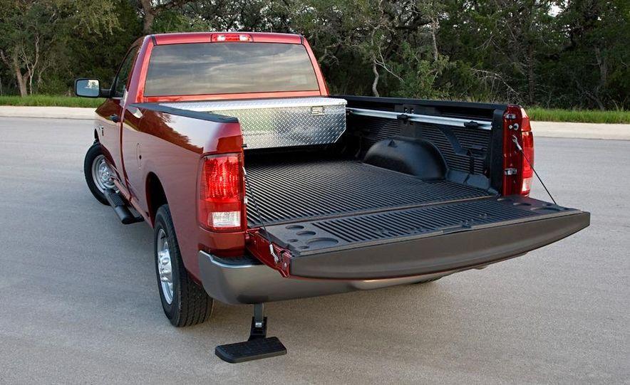 2010 Dodge Journey R/T - Slide 131