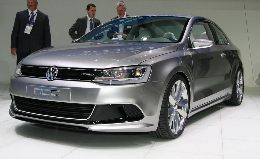 Volkswagen New Compact Coupe Concept - Slide 5