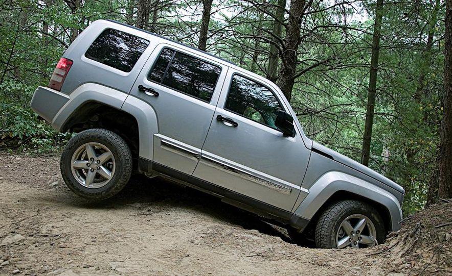 2010 Jeep Wrangler Islander Edition - Slide 11