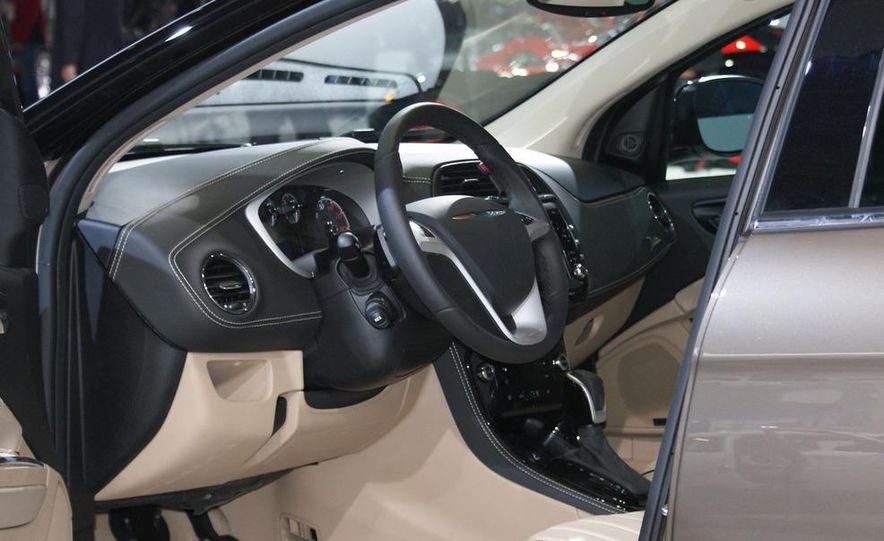 Chrysler Delta concept - Slide 9