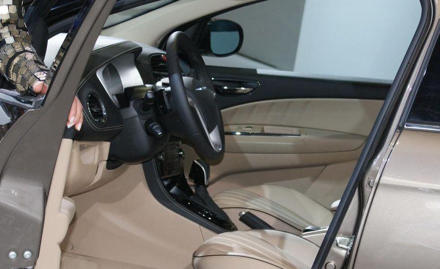 Chrysler Delta concept - Slide 10