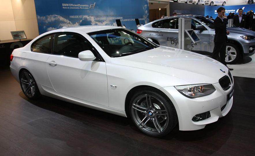 2011 BMW 330d coupe (Euro-spec) - Slide 1