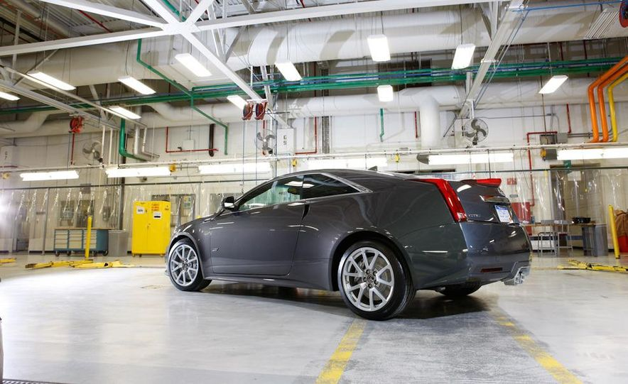 2011 Cadillac CTS coupe - Slide 12