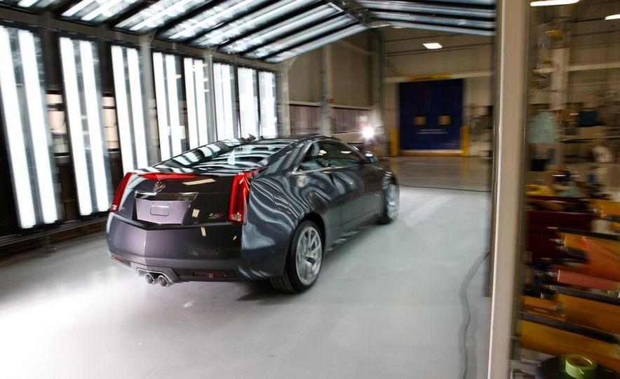 2011 Cadillac CTS coupe - Slide 16