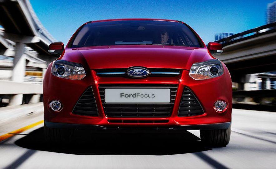 2012 Ford Focus 5-door hatchback - Slide 5