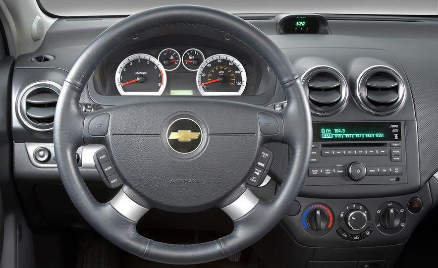 2011 Chevrolet Aveo (spy photo) - Slide 27