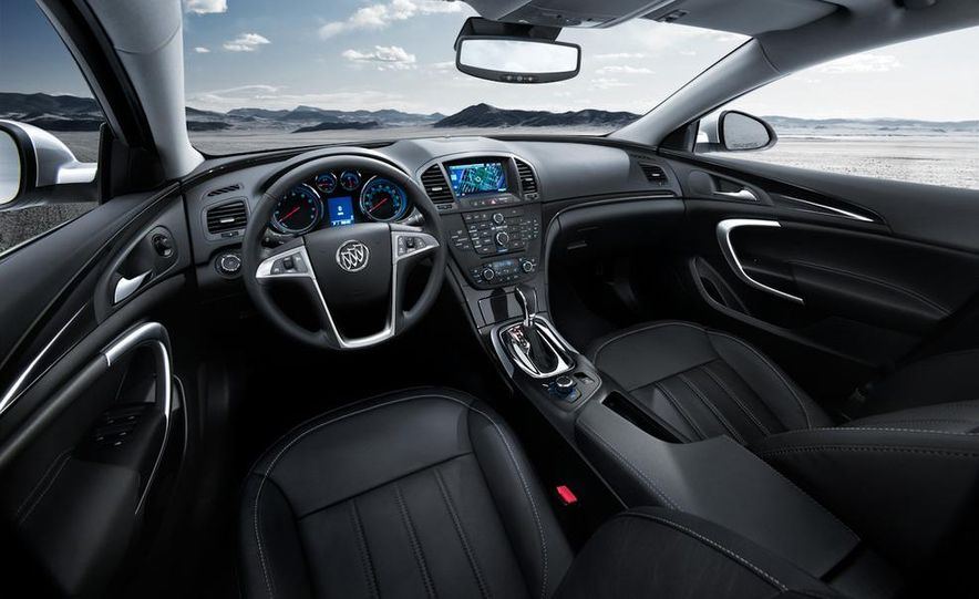 2011 Buick Regal CXL - Slide 26