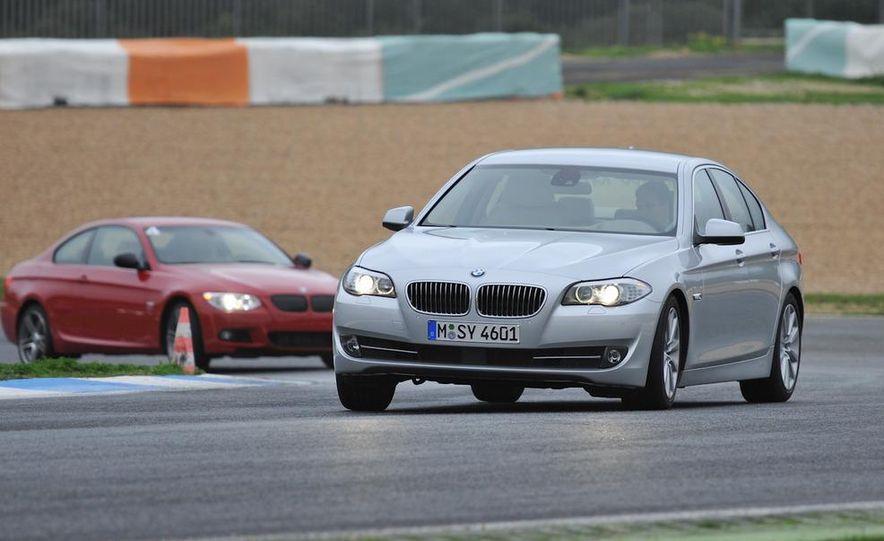 2011 BMW 335is - Slide 3