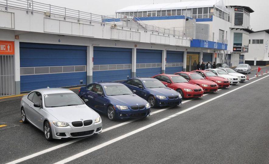 2011 BMW 335is - Slide 29