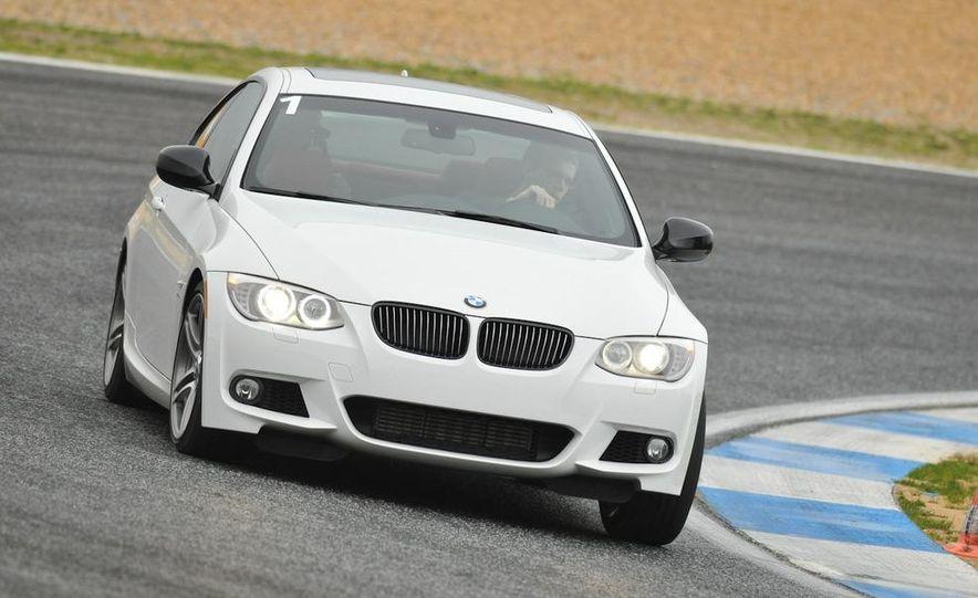 2011 BMW 335is - Slide 11