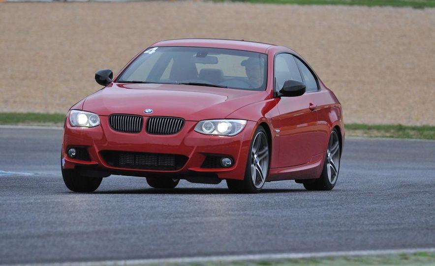 2011 BMW 335is - Slide 14