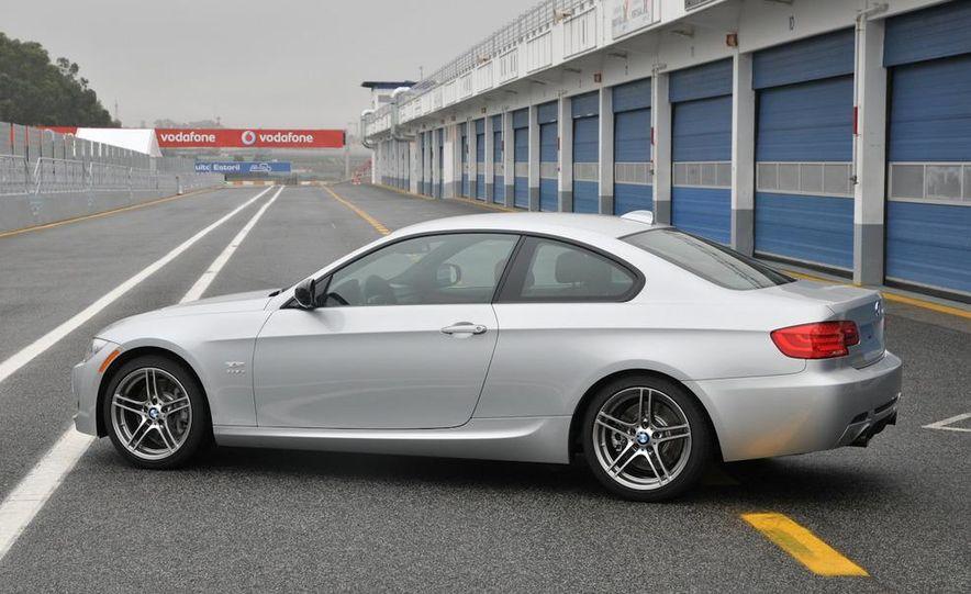 2011 BMW 335is - Slide 22
