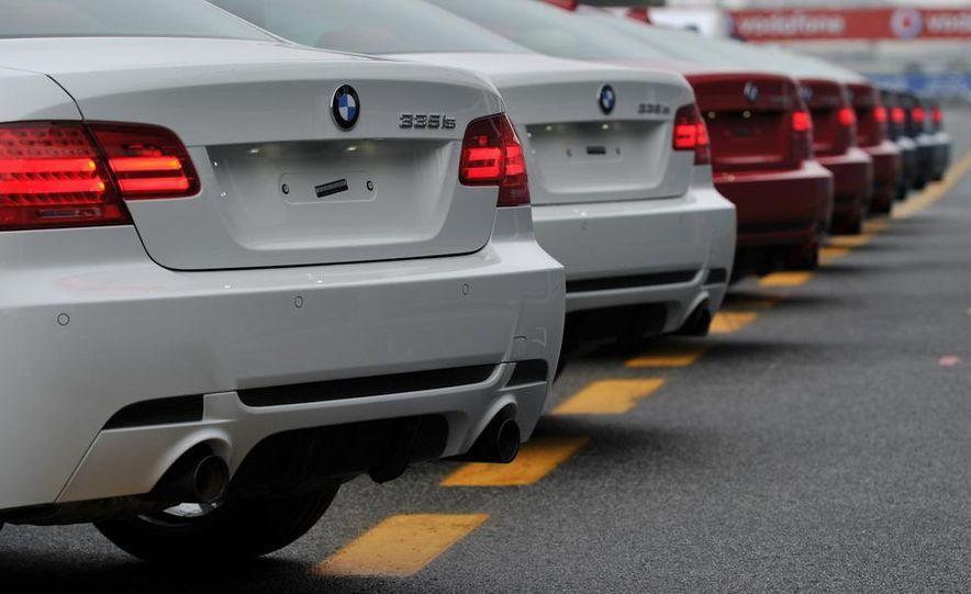 2011 BMW 335is - Slide 27