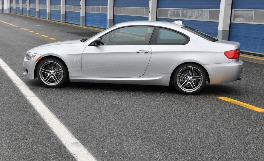 2011 BMW 335is - Slide 30