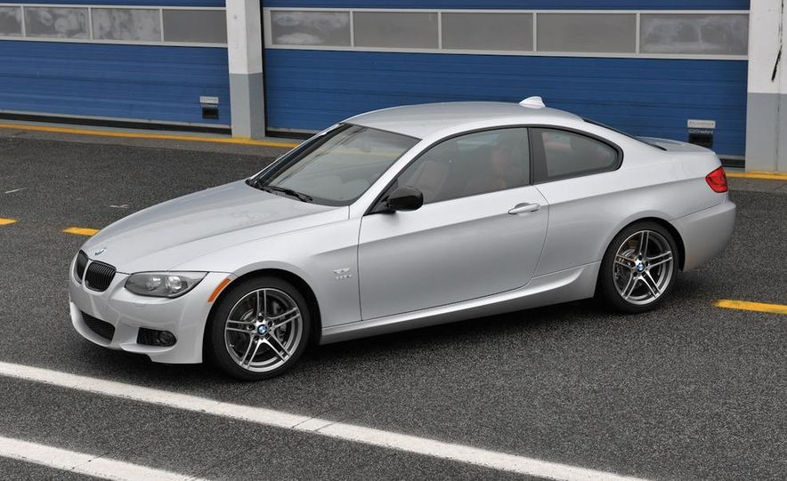 2011 BMW 335is - Slide 31