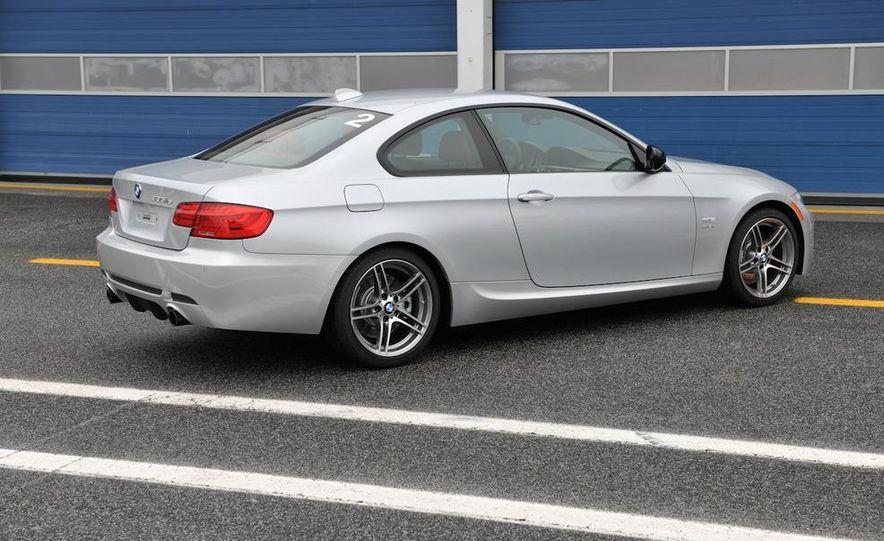 2011 BMW 335is - Slide 37