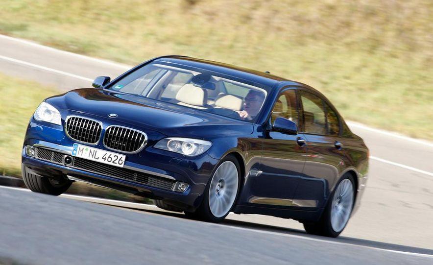 2009 BMW 750i (European spec) - Slide 1