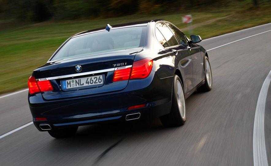 2009 BMW 750i (European spec) - Slide 4