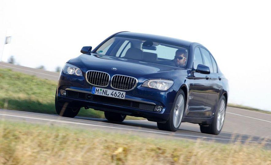 2009 BMW 750i (European spec) - Slide 7