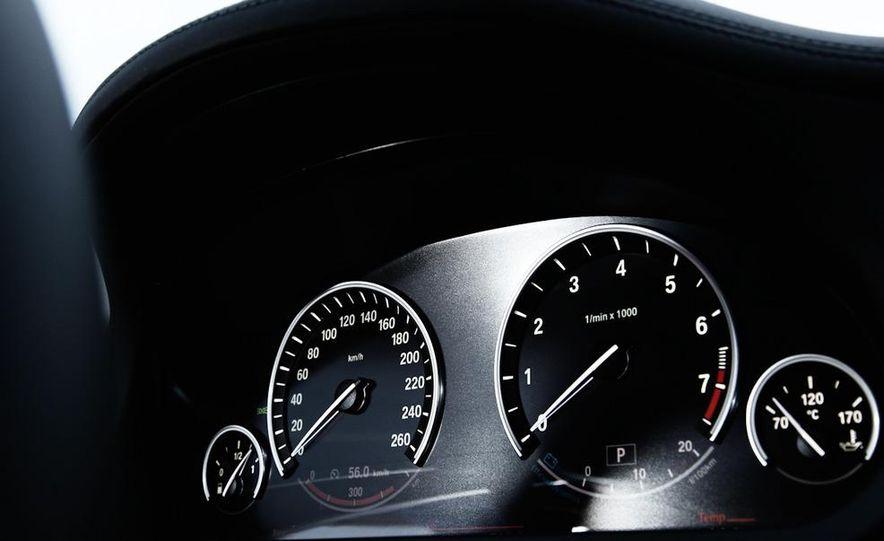 2009 BMW 750i (European spec) - Slide 15