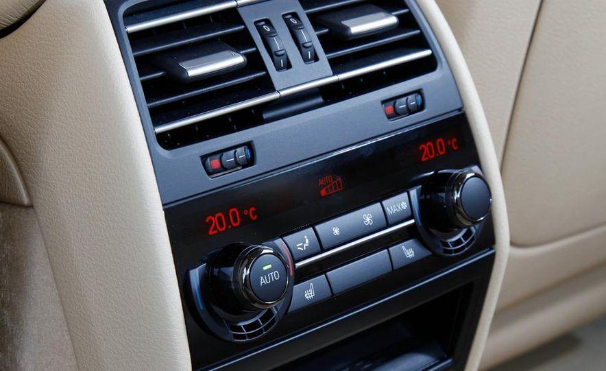 2009 BMW 750i (European spec) - Slide 13
