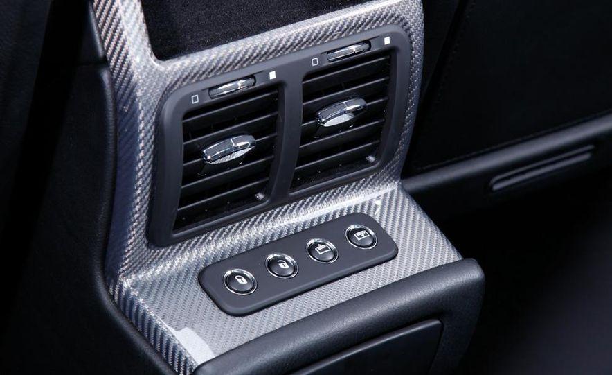 2009 BMW 750i (European spec) - Slide 23