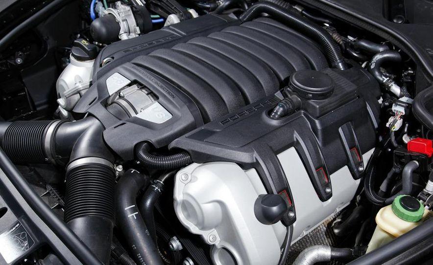 2009 BMW 750i (European spec) - Slide 55