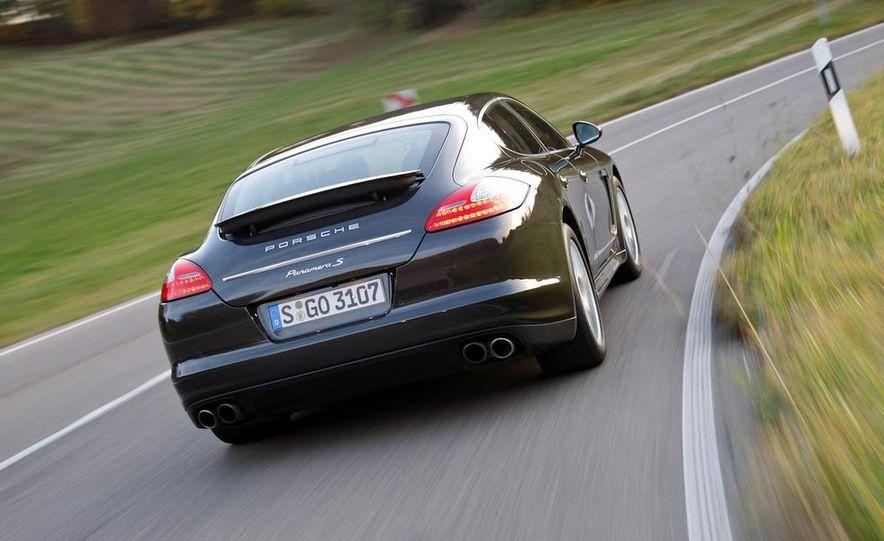 2009 BMW 750i (European spec) - Slide 36