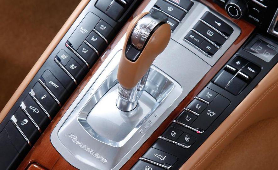2009 BMW 750i (European spec) - Slide 49