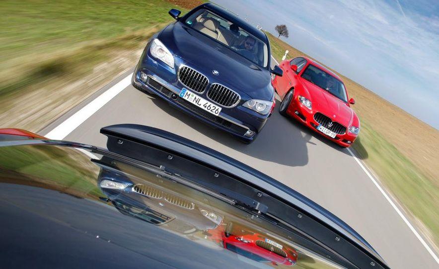 2009 BMW 750i (European spec) - Slide 56