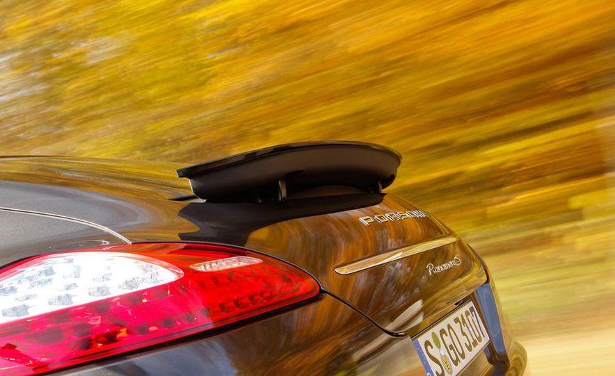 2009 BMW 750i (European spec) - Slide 43