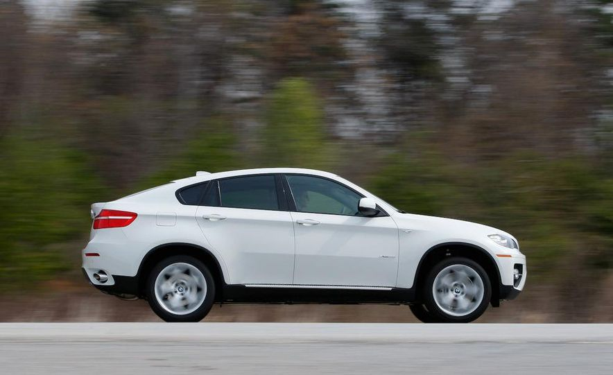 2009 BMW X6 xDrive35i - Slide 2