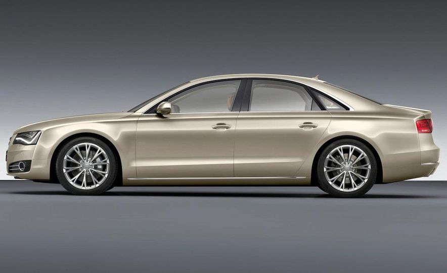 2011 Audi A8 (European spec) - Slide 14