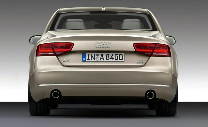 2011 Audi A8 (European spec) - Slide 25