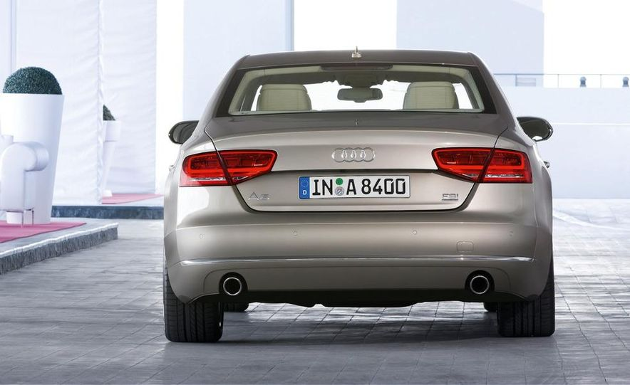 2011 Audi A8 (European spec) - Slide 26