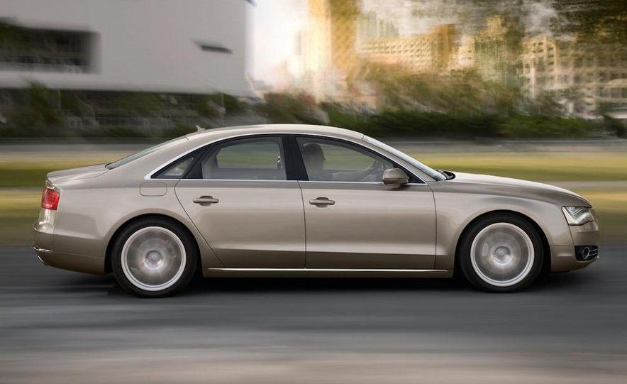 2011 Audi A8 (European spec) - Slide 16