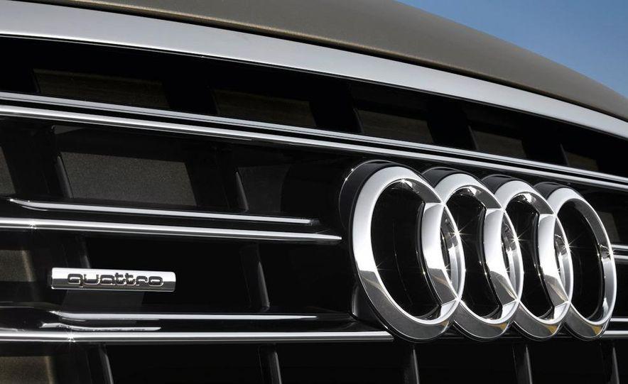 2011 Audi A8 (European spec) - Slide 33