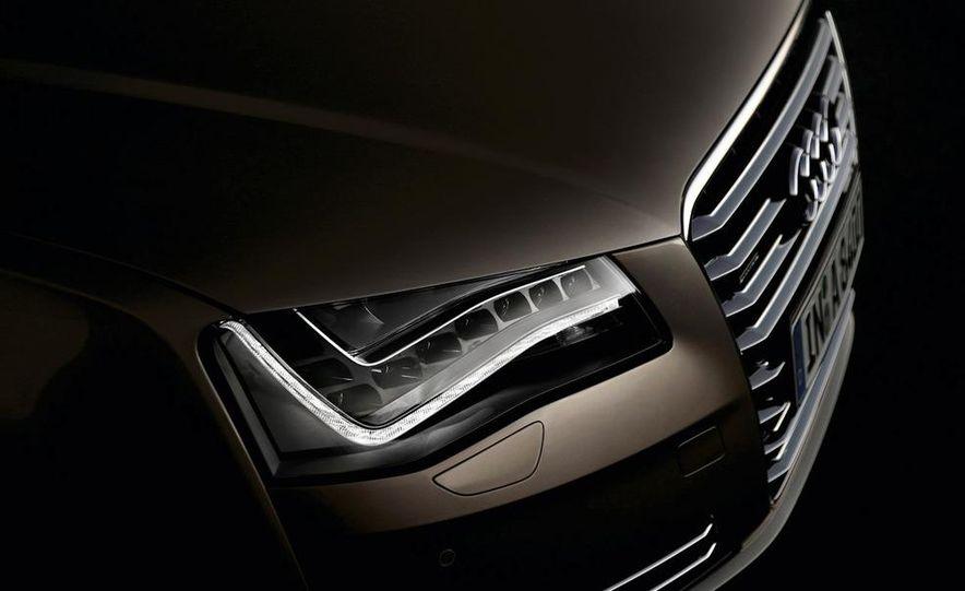2011 Audi A8 (European spec) - Slide 30