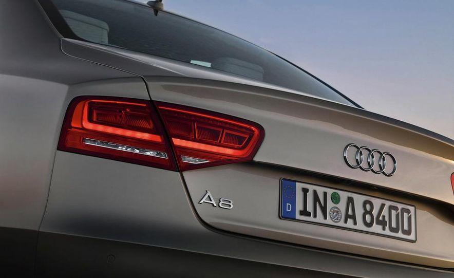 2011 Audi A8 (European spec) - Slide 35