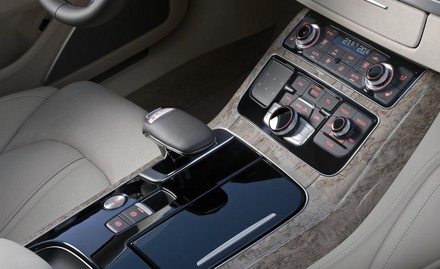 2011 Audi A8 (European spec) - Slide 50