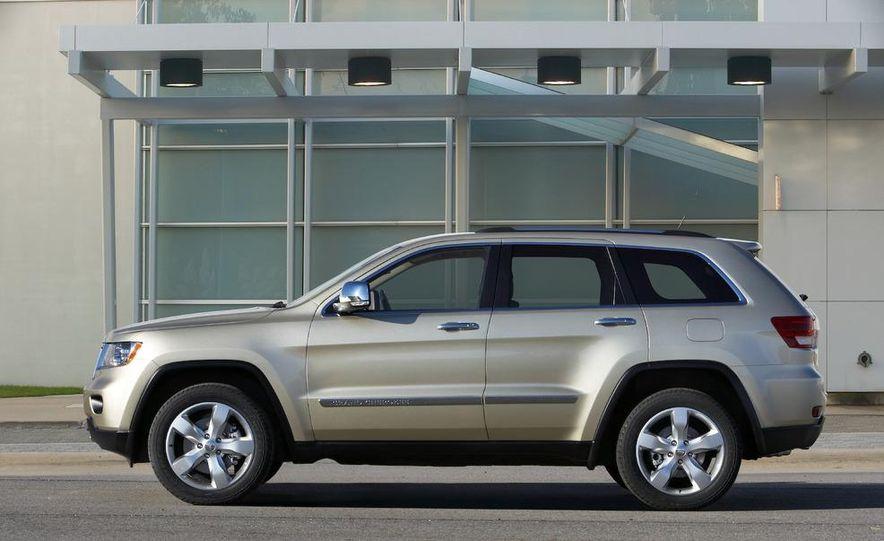 2011 Jeep Grand Cherokee Limited - Slide 5