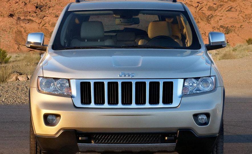 2011 Jeep Grand Cherokee Limited - Slide 10