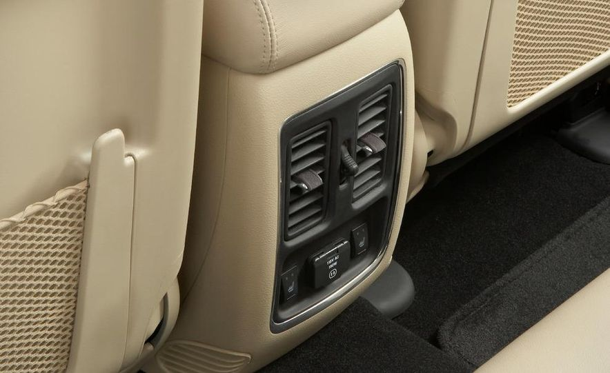 2011 Jeep Grand Cherokee Limited - Slide 26