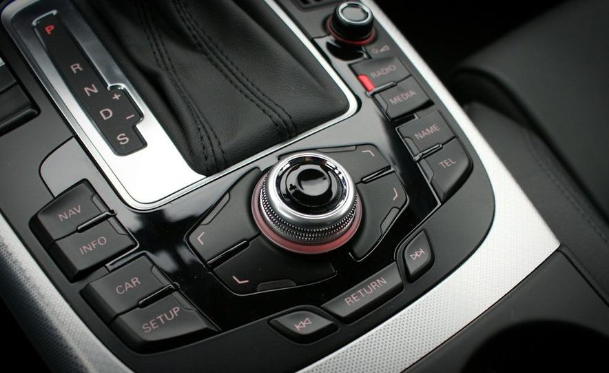 2010 Audi A5 2.0T Quattro Cabriolet - Slide 23