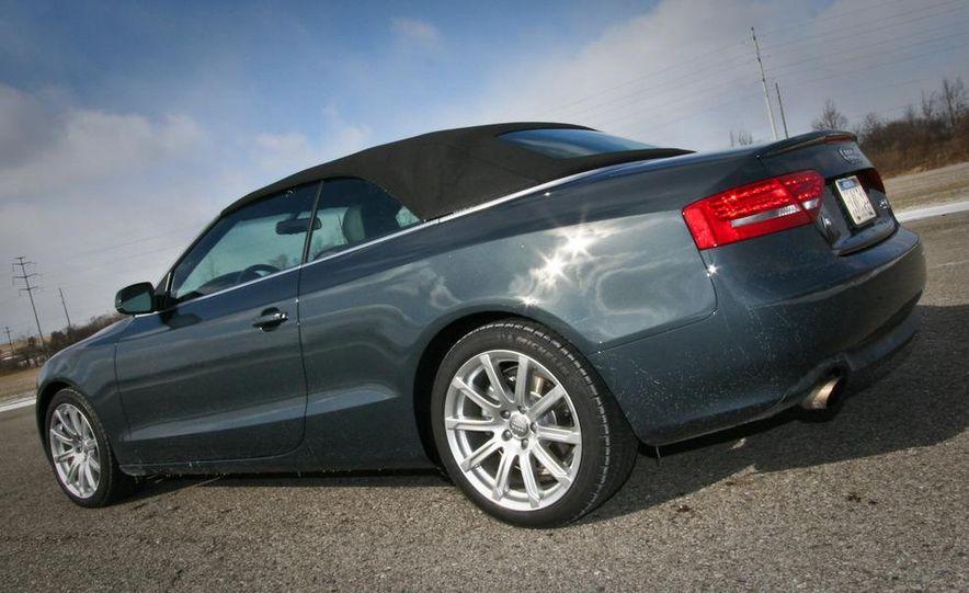 2010 Audi A5 2.0T Quattro Cabriolet - Slide 7