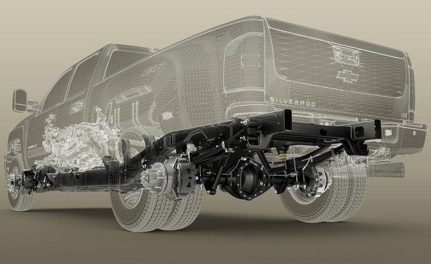 2011 Chevrolet Silverado Heavy Duty - Slide 36