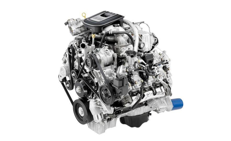 2011 Chevrolet Silverado Heavy Duty - Slide 25