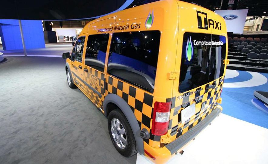 2011 Ford Transit Connect natural gas taxi - Slide 6